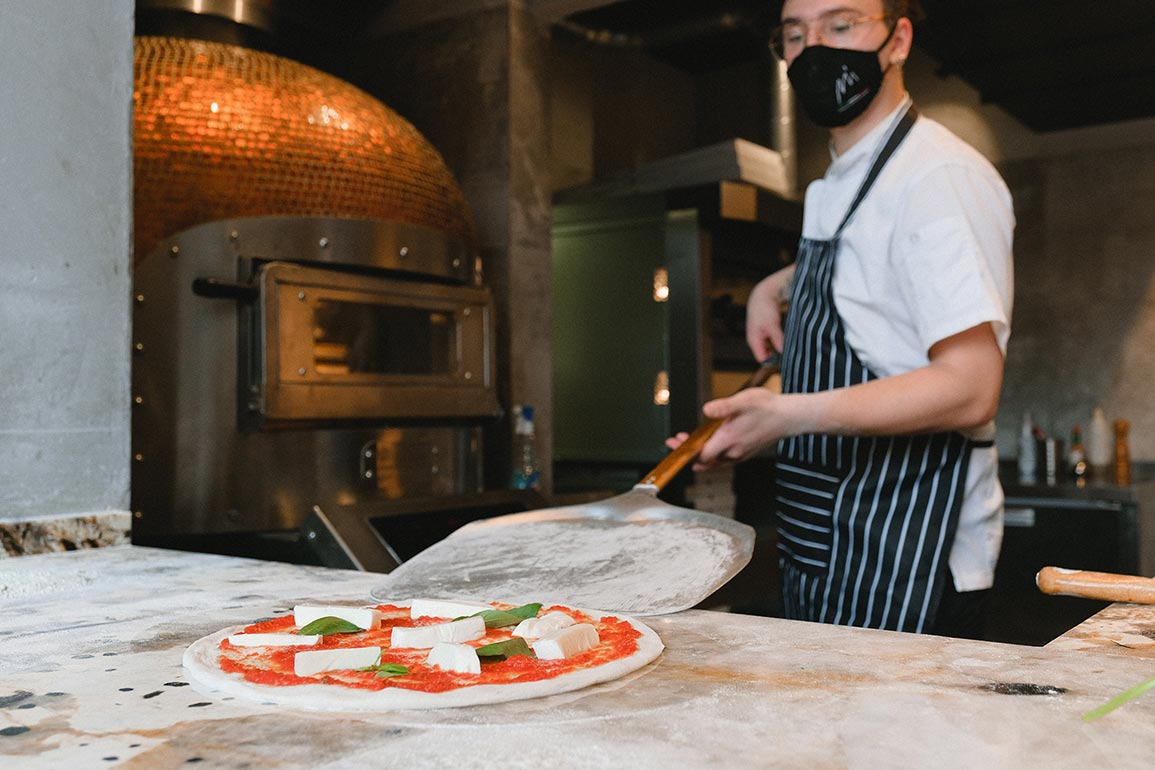 Pizza Ovens The Pros and Cons - Flexikitch